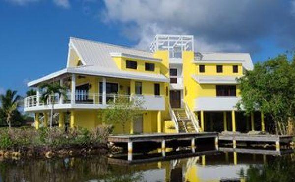 Casa Del Capitan