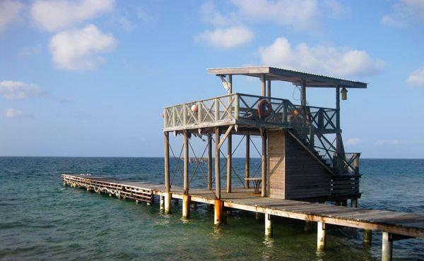 11 Dock