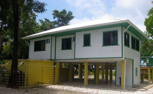 2 Casa Idalia